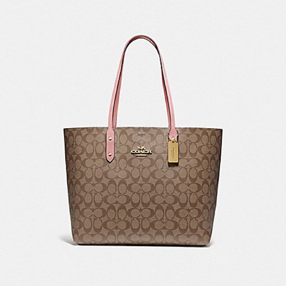 Coach Handbags - Authentic Coach Town Tote In Signature Canvas Larg